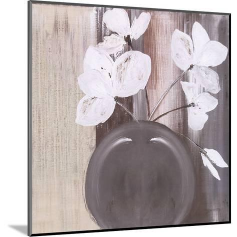 Pot De 5 Fleurs Blanches-Marielle Paccard-Mounted Art Print