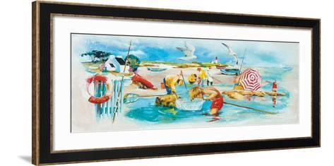 Plage et Pêche-Lizie-Framed Art Print