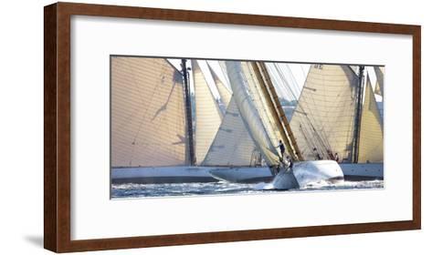 Saint Tropez-Guillaume Plisson-Framed Art Print