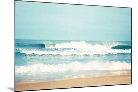Salty Sea Air-Carolyn Cochrane-Mounted Art Print