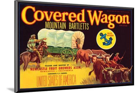 Covered Wagon Brand Mountain Bartletts--Mounted Art Print