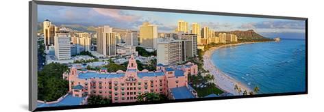 View across Waikiki Beach towards Diamond Head, Honolulu, Island of Oahu, Hawaii, USA--Mounted Art Print