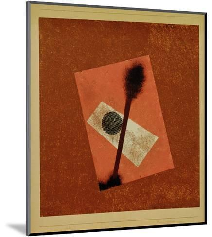 Relatively Weighed Up, 1930-Paul Klee-Mounted Giclee Print