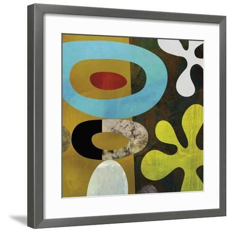Mod Look 1-Yuko Lau-Framed Art Print