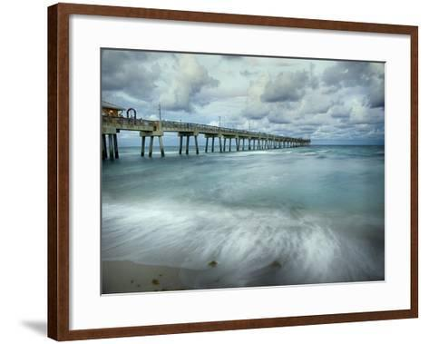 Slow Motion Ocean II-Danny Head-Framed Art Print