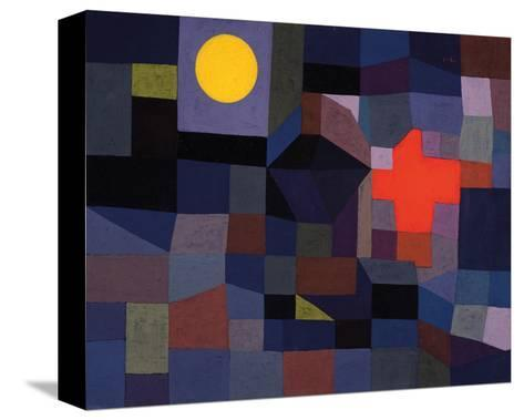 Fire at Full Moon 1933-Paul Klee-Stretched Canvas Print
