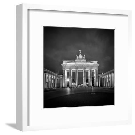 Berlin Brandenburg Gate-Melanie Viola-Framed Art Print