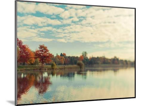 Dows Lake-Tracey Telik-Mounted Art Print
