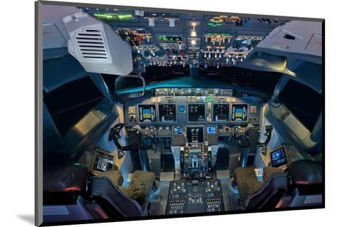 737 Next Generation flight deck--Mounted Art Print