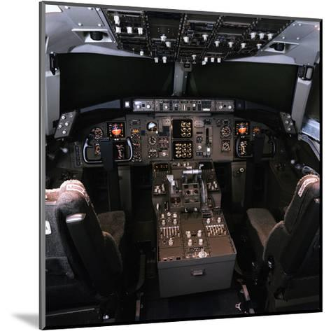 medium-range Boeing 757 Cockpit--Mounted Art Print