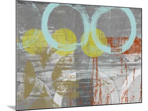 Linked Orbs I-Jennifer Goldberger-Mounted Art Print