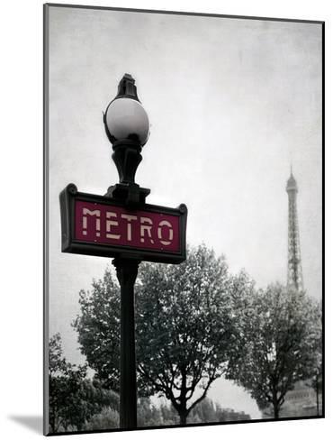 Metro Catching-Tracey Telik-Mounted Art Print