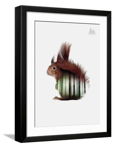 Squirrel-Clean Nature-Framed Art Print