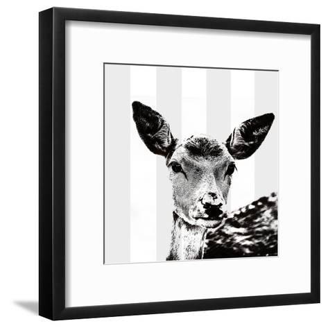 Deer Black And White - Square-Lebens Art-Framed Art Print