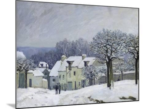 The Place Du Chenil at Marly-Le-Roi, Snow, 1876-Alfred Sisley-Mounted Giclee Print