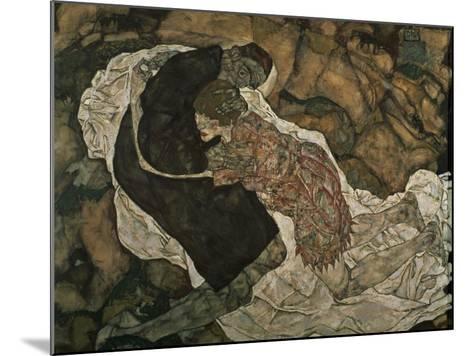 Death and the Maiden (Mann Und Madchen), 1915-Egon Schiele-Mounted Giclee Print