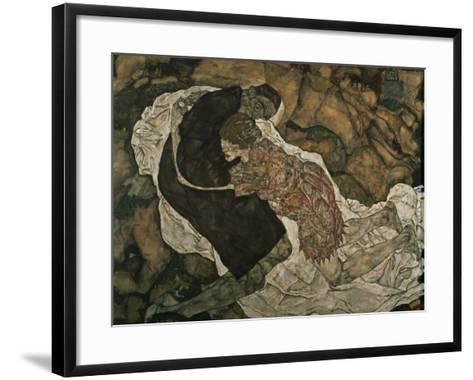 Death and the Maiden (Mann Und Madchen), 1915-Egon Schiele-Framed Art Print