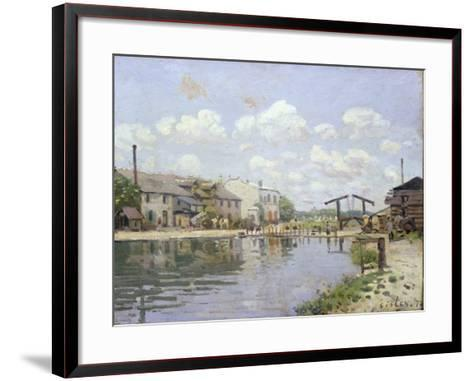 The Canal Saint-Martin, Paris, 1872-Alfred Sisley-Framed Art Print