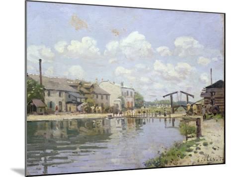 The Canal Saint-Martin, Paris, 1872-Alfred Sisley-Mounted Giclee Print