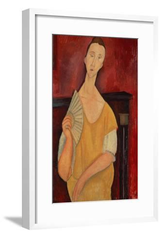 Woman with a Fan (Lunia Czechowska) 1919-Amedeo Modigliani-Framed Art Print