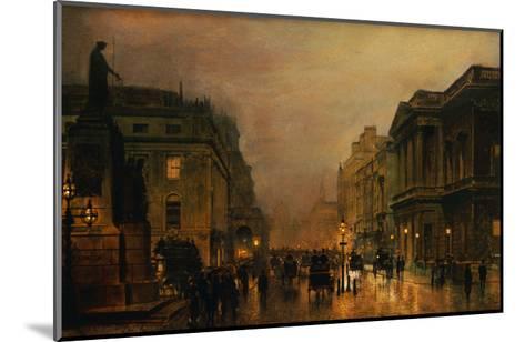 Pall Mall-John Atkinson Grimshaw-Mounted Giclee Print