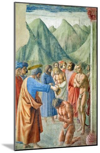 St. Peter Baptising the Neophytes, circa 1427-Tommaso Masaccio-Mounted Giclee Print