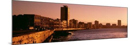 Avenue De Maceo, Havana, Cuba--Mounted Photographic Print
