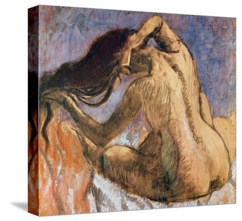 Woman Combing Her Hair, 1905-10-Edgar Degas-Stretched Canvas Print