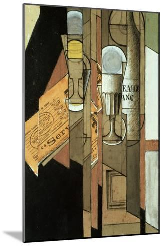 Glasses, a Newspaper and a Bottle of Wine-Juan Gris-Mounted Giclee Print