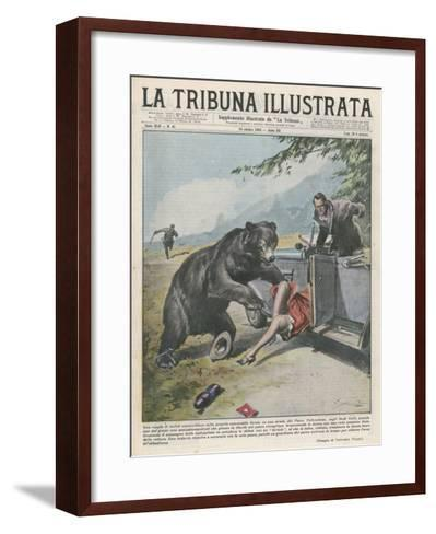 In Yellowstone a Bear Pats a Woman in a Car-Vittorio Pisani-Framed Art Print