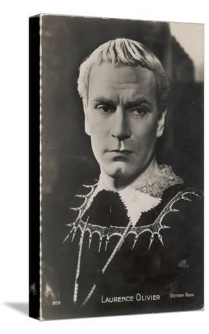 Sir Laurence Olivier in the Role of Hamlet for the Film Version--Stretched Canvas Print