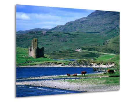 Ardvreck Castle on Loch Assynt, Assynt, Scotland-Grant Dixon-Metal Print