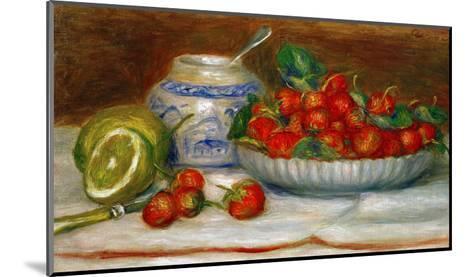 Strawberries, circa 1905-Pierre-Auguste Renoir-Mounted Giclee Print