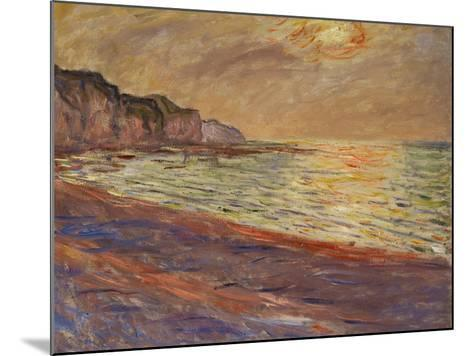 Beach at Pourville, Sunset, 1882-Claude Monet-Mounted Giclee Print