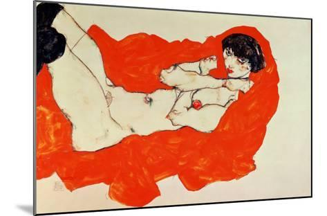 Reclining Female Nude on Red Drape, 1914-Egon Schiele-Mounted Giclee Print