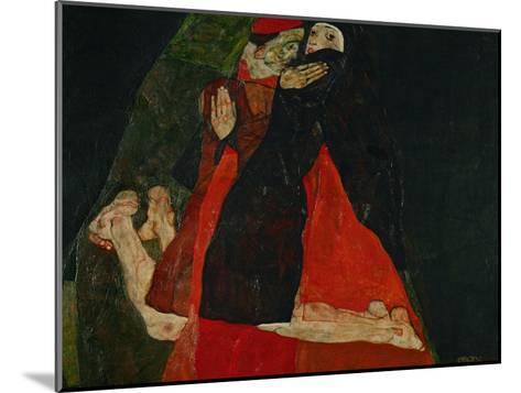 Cardinal and Nun (Liebkosung), 1912-Egon Schiele-Mounted Giclee Print