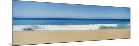 Waves Crashing on the Beach, Oahu, Hawaii, USA--Mounted Photographic Print
