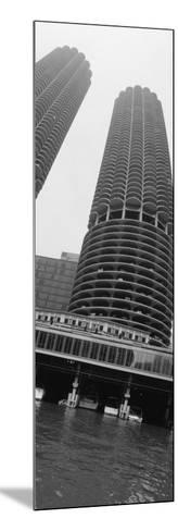 Towers, Marina Towers, Chicago, Illinois, USA--Mounted Photographic Print