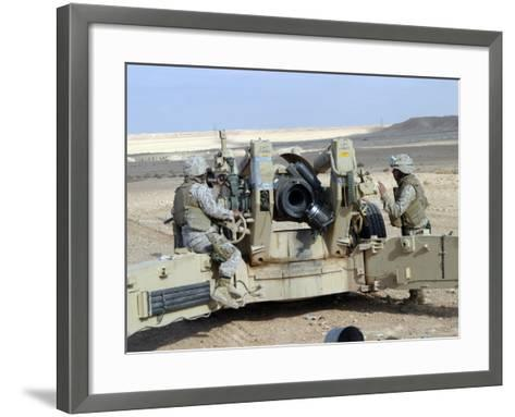 US Marines Prepare to Fire a Howitzer Near Baghdad, Iraq, January 6, 2007-Stocktrek Images-Framed Art Print