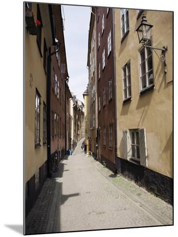 Narrow Street in Gamla Stan, Old Town, Stockholm, Sweden, Scandinavia-Richard Ashworth-Mounted Photographic Print