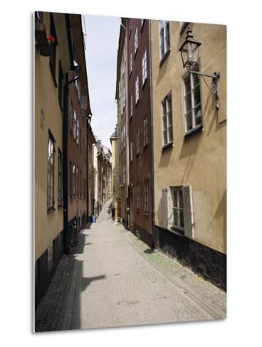 Narrow Street in Gamla Stan, Old Town, Stockholm, Sweden, Scandinavia-Richard Ashworth-Metal Print