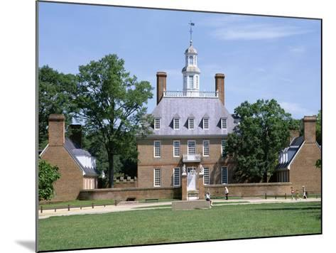 Exterior of Governor's Palace, Colonial Architecture, Williamsburg, Virginia, USA-Pearl Bucknall-Mounted Photographic Print