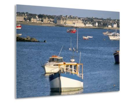 Town of Roscoff, Finistere, Brittany, France-Bruno Barbier-Metal Print