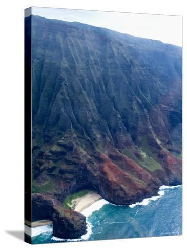 Na Pali, North Coast of the Island of Kauai, Hawaii, USA-Ethel Davies-Stretched Canvas Print