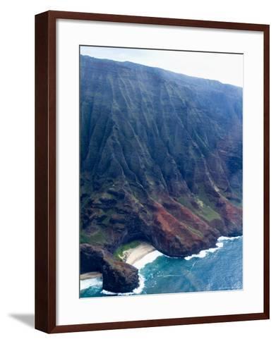 Na Pali, North Coast of the Island of Kauai, Hawaii, USA-Ethel Davies-Framed Art Print