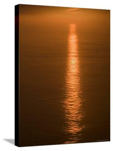 Sunset Just off the Coast of Oahu, Hawaii, United States of America, Pacificnorth America-Ethel Davies-Stretched Canvas Print