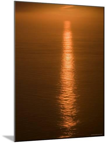 Sunset Just off the Coast of Oahu, Hawaii, United States of America, Pacificnorth America-Ethel Davies-Mounted Photographic Print