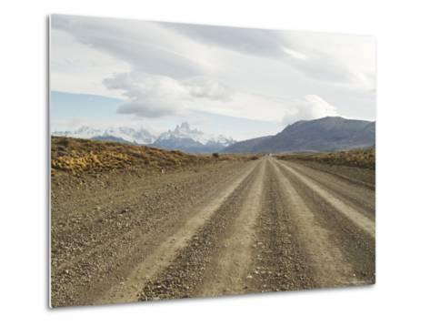 Road to El Chalten, Patagonia, Argentina, South America-Mark Chivers-Metal Print