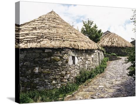 Rounded Thatched Pallozas of Celtic Origin, Cebreiro, Lugo Area, Galicia, Spain-Ken Gillham-Stretched Canvas Print