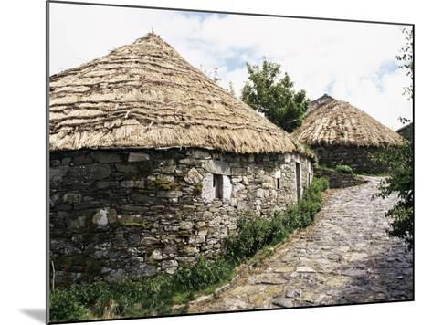 Rounded Thatched Pallozas of Celtic Origin, Cebreiro, Lugo Area, Galicia, Spain-Ken Gillham-Mounted Photographic Print